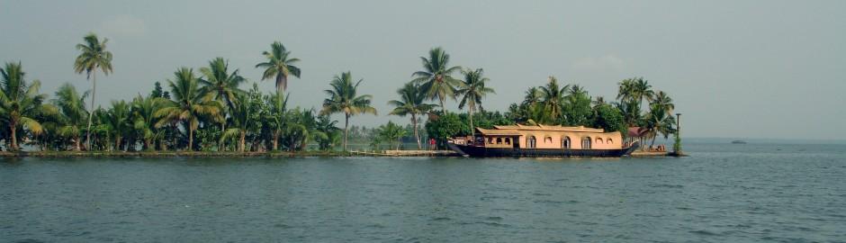 kerala back water houseboat